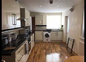 4 bed property to rent in Rhyddings Terrace, Brynmill, Swansea SA2