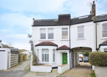 Thumbnail 1 bed flat to rent in Inman Road, Earlsfield