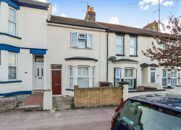 Terraced house to rent in College Avenue, Gillingham ME7