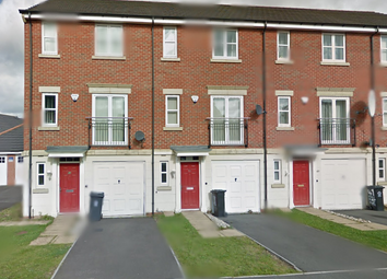 Thumbnail 3 bed town house to rent in Wainwright Avenue, Leicester, Leicestershire