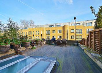 Thumbnail 4 bed triplex to rent in Liverpool Road, Angel, Highbury & Islington