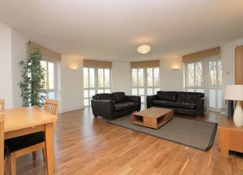 Thumbnail 2 bedroom flat to rent in Queens Court, Limehouse