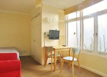 Thumbnail Property to rent in Gloucester Terrace, London
