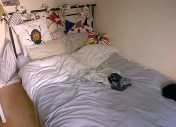 Thumbnail 3 bedroom flat to rent in Peckwater Street, London