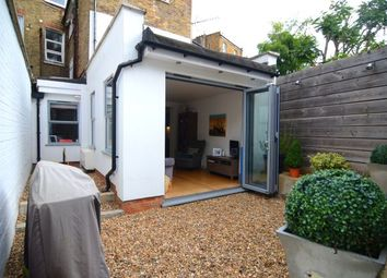 Thumbnail 1 bed flat for sale in Lavender Hill, Battersea