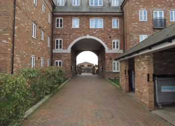 Thumbnail 2 bedroom flat to rent in Leighton Road, Leighton Buzzard