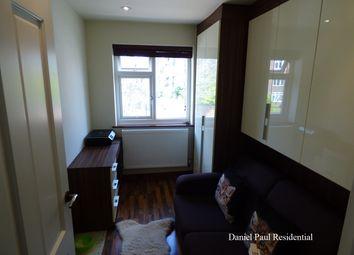2 bed maisonette to rent in Grange Road, Ealing W5