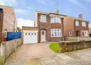 3 bed detached house for sale in Matlock Avenue, Mansfield NG18