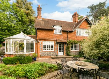 Thumbnail 4 bed flat to rent in Wittington Green, Henley Road, Medmenham, Marlow
