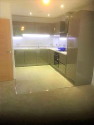 Thumbnail 2 bedroom flat to rent in The Vale, Bushey