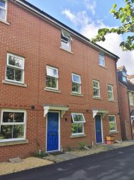 Thumbnail 4 bedroom town house for sale in Lavinia Walk, Swindon