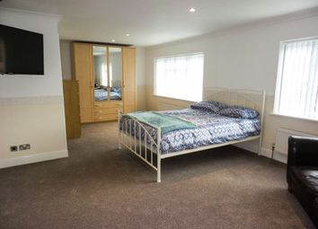 Thumbnail 1 bed property to rent in Dome Caravan Park, The Spur, Lower Road, Hockley