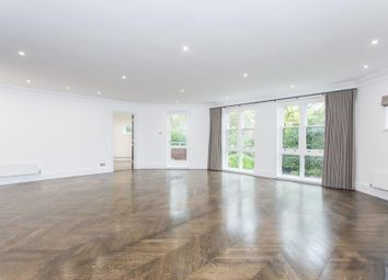 Thumbnail 4 bed flat to rent in Templewood Avenue, Hampstead, London