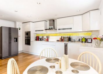 Thumbnail 1 bed flat for sale in Lavender Hill, London