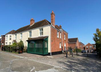 New Inn Court, Sarisbury Green, Southampton SO31. 2 bed semi-detached house