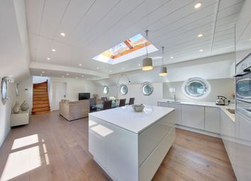 Thumbnail 3 bed houseboat for sale in Clove Hitch Quay, London