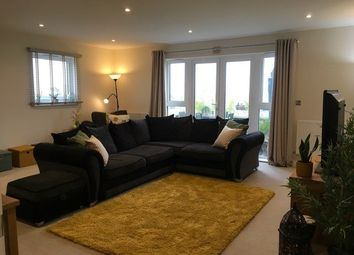 Thumbnail 3 bed flat for sale in Empire House, Bessemer Road, Welwyn Garden City, Al Fy, Welwyn Garden City, Hertfordshire