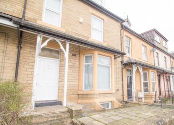 2 bed flat to rent in Laisteridge Lane, Bradford BD7