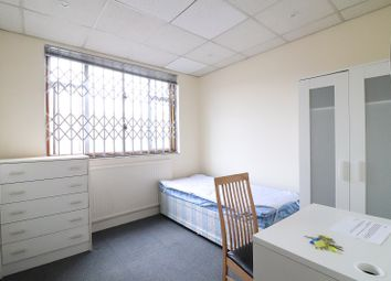 Thumbnail Room to rent in Homecroft Road, London, Greater London.