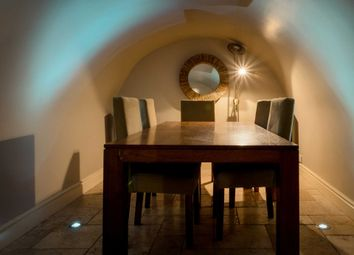 Thumbnail 2 bed flat to rent in Rivers Street, Bath