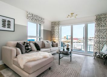 194 Elm Quay, Endle Street, Southampton SO14. 2 bed flat for sale