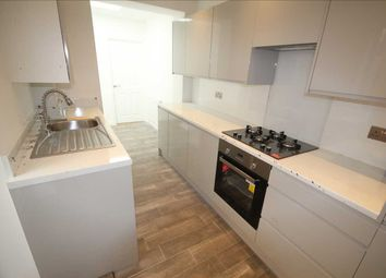 5 bed terraced house to rent in Whippendell Road, Watford WD18