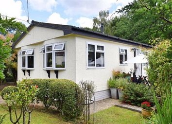 2 bed mobile/park home for sale in East Hill Park, Sevenoaks TN15