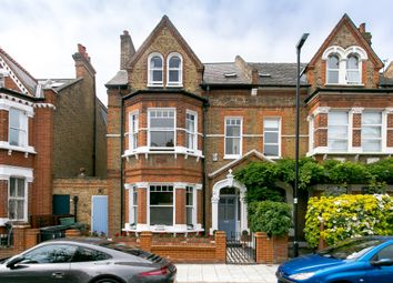 Thumbnail 6 bed terraced house to rent in Lessar Avenue, Clapham, London