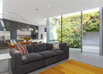 Islington Place, Islington, London N1. 4 bed detached house
