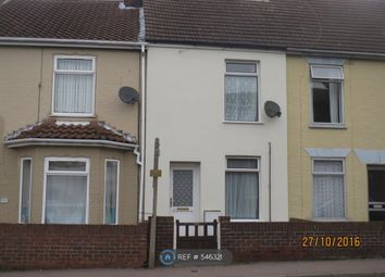 3 bed terraced house to rent in St Peters Street, Lowestoft NR32