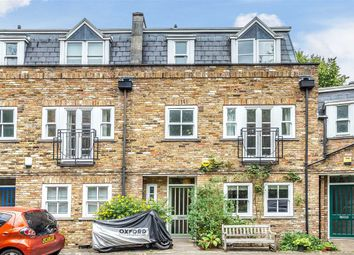 Thumbnail 4 bed mews house to rent in Francis Terrace Mews, Archway, London