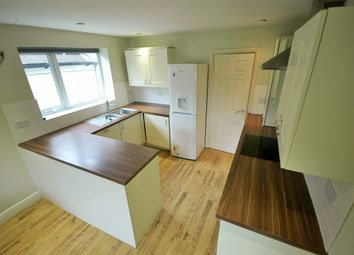 Thumbnail 3 bed flat to rent in Elm Street, Roath