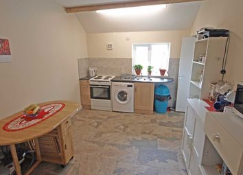Thumbnail 2 bed flat to rent in Backway Road, Bicester