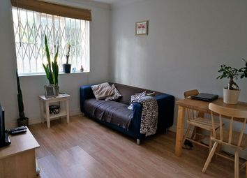 Thumbnail 1 bed flat to rent in Hamilton Park West, London
