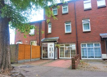3 bed town house for sale in Northwood Place, Erith DA18