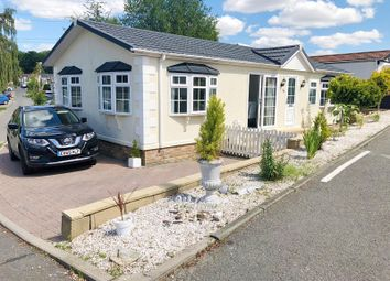 Second Avenue, Galley Hill, Waltham Abbey EN9. 2 bed mobile/park home for sale