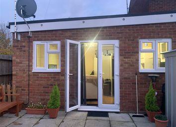 Thumbnail Studio to rent in Stoke Road, Aylesbury