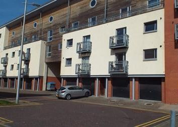 Thumbnail 2 bed flat to rent in Thorter Row, Dundee