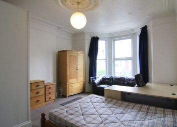 5 bed terraced house to rent in Alexandra Road, Mutley, Plymouth PL4
