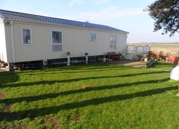 Thumbnail 2 bed mobile/park home for sale in Beach Road, St Osyth