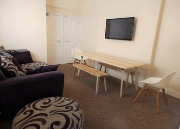 5 bed shared accommodation to rent in Walter Road, City Centre, Swansea SA1
