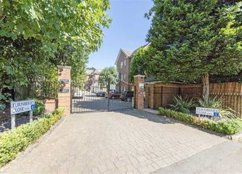 Thumbnail 3 bed flat to rent in Turnberry Close, London