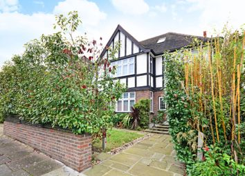 Thumbnail 6 bed property to rent in Sherwood Road, Hendon