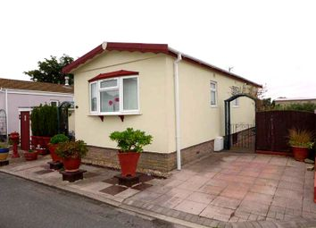 Thumbnail 1 bed mobile/park home for sale in First Avenue, Woodside Park, Stalmine, Poulton-Le-Fylde