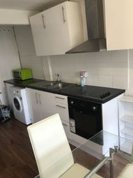 Thumbnail 1 bed flat to rent in Devoshire Road, London, Forest Hill