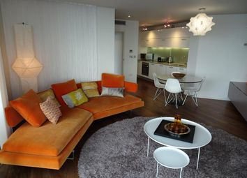 3 bed flat to rent in Beetham Tower, 10 Holloway Circus B1