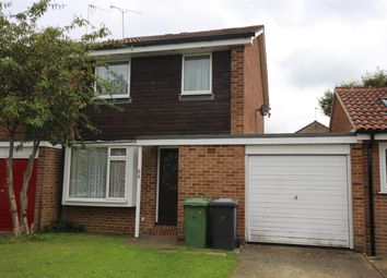 Thumbnail 2 bed detached house to rent in Alma Road, Bordon