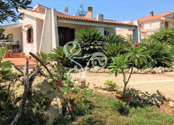 Thumbnail Villa for sale in Via Del Cormorano, Siracusa (Town), Syracuse, Sicily, Italy