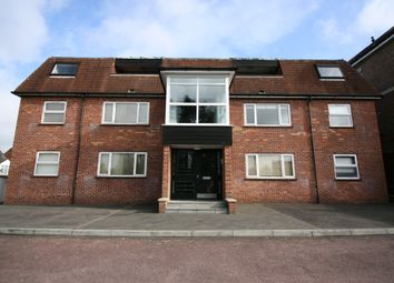 Thumbnail Studio to rent in Oxford Road, Redhill