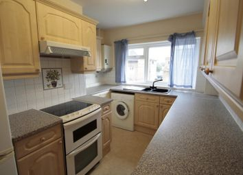 Thumbnail 2 bed flat to rent in Pemberton Road, East Molesey